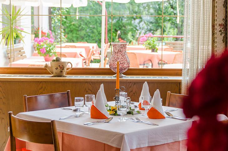speisesaal hotel buchholz - buchholz / salurn - südtirol, Esstisch ideennn